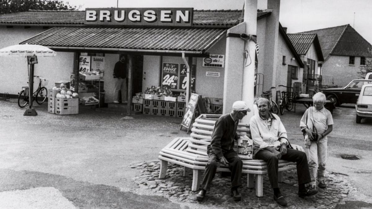 Efterstræbte Vi mødes i Brugsen: Se dokumentarfilmen om 150 års andelshistorie JO-37