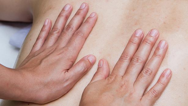 Fin Massage derhjemme: Her er 9 ting, du skal vide   Samvirke HI-97